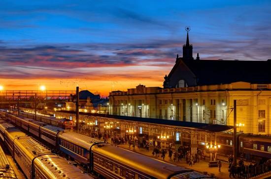 布列斯特火车站的傍晚风