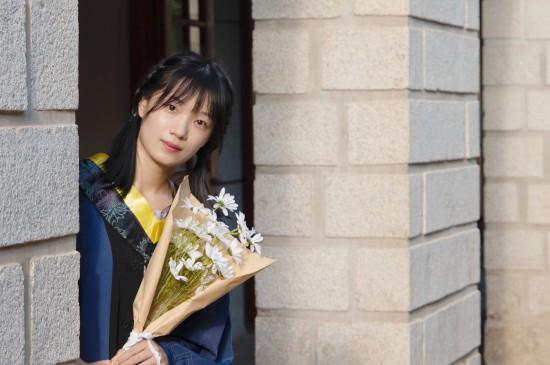 毕业季校园漂亮美女