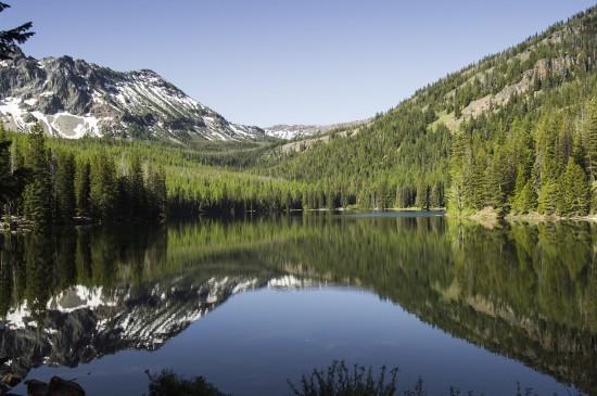 山水自然清新景色