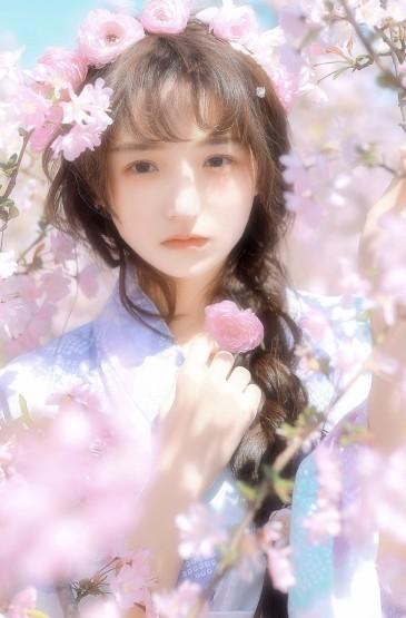 和服少女樱花树下唯美写真