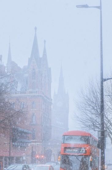 伦敦大雪纷飞唯美景色