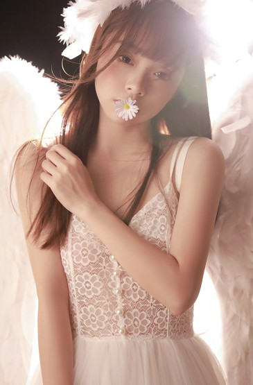 天使少女清纯甜美写真
