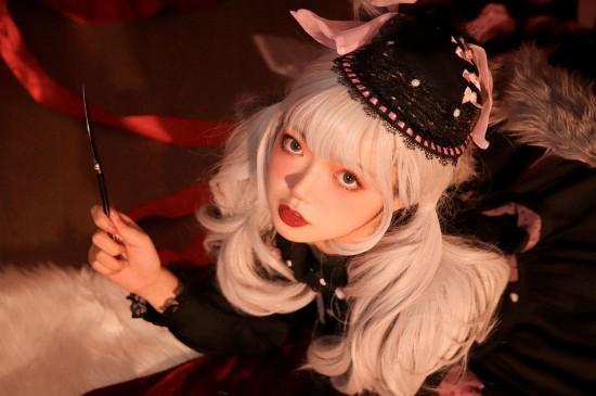 Lolita美少女室内可爱写真