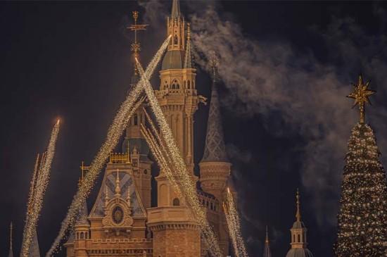迪士尼的梦幻圣诞夜晚